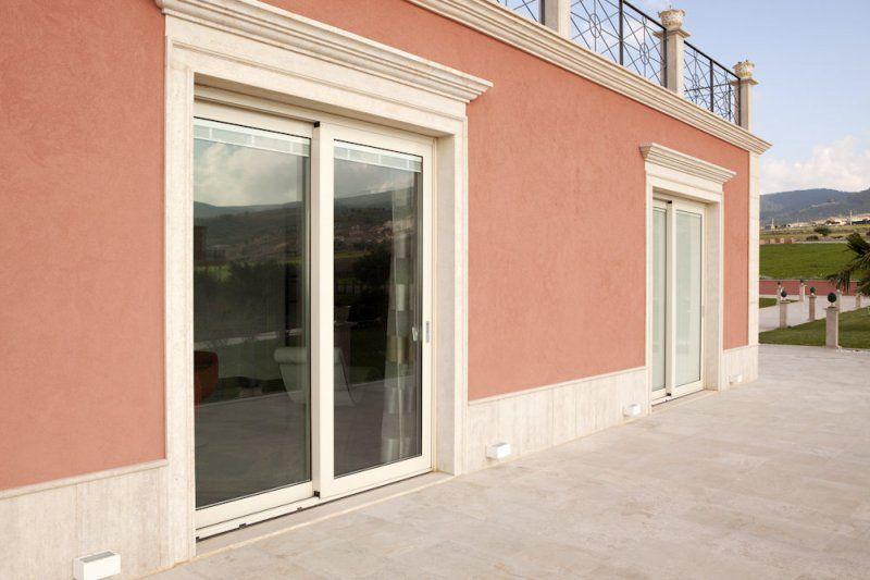 Porte scorrevoli catania idee di design per la casa for Finestre scorrevoli usate