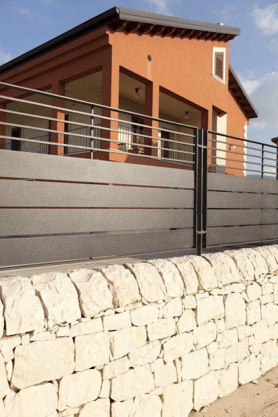 Cancello e recinzione in ferro rivestito a polvere