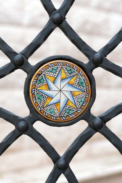 Ringhiere e recinzioni  in ferro battuto